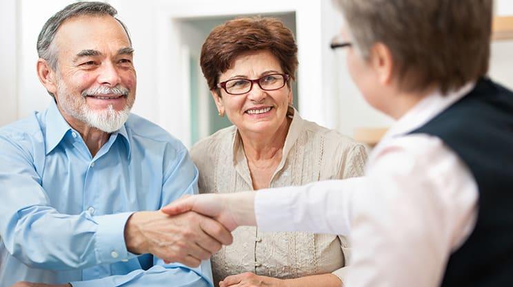 Welche Versicherungen sind für Senioren sinnvoll?