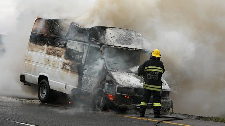 Welche Versicherung zahlt bei Vandalismus?