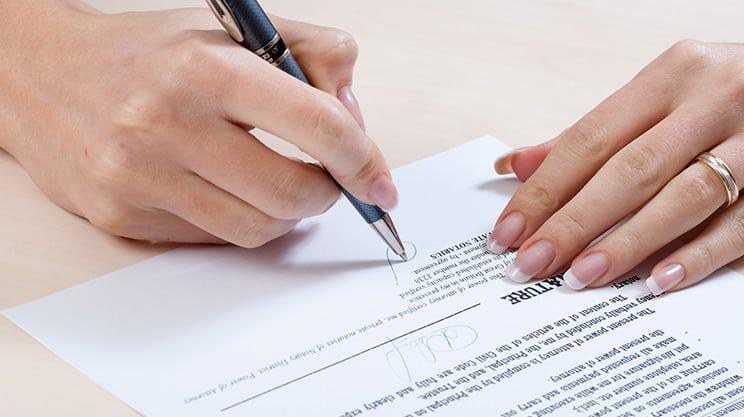 Ist es sinnvoll, Versicherungen eine Vollmacht zu geben?