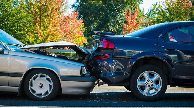 Neuwert oder Zeitwert – wie viel zahlt die Versicherung im Schadensfall?